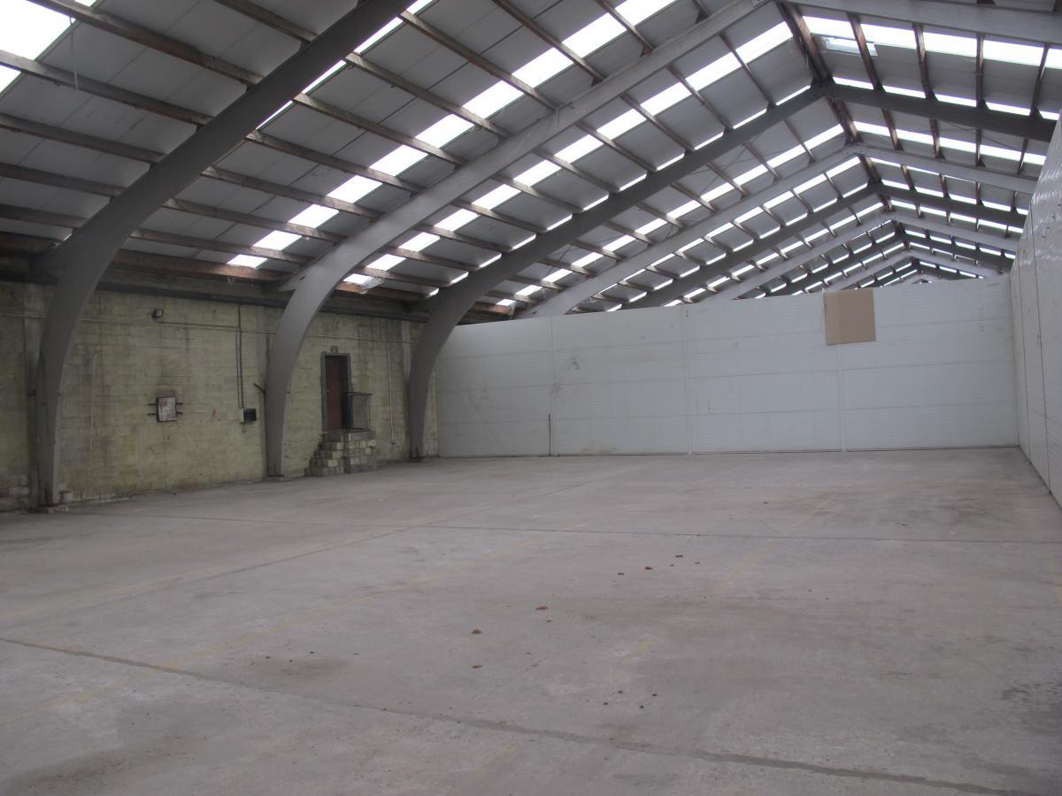 Biocity sprl genval entrepôt sans bureau entrepôt 130 m2